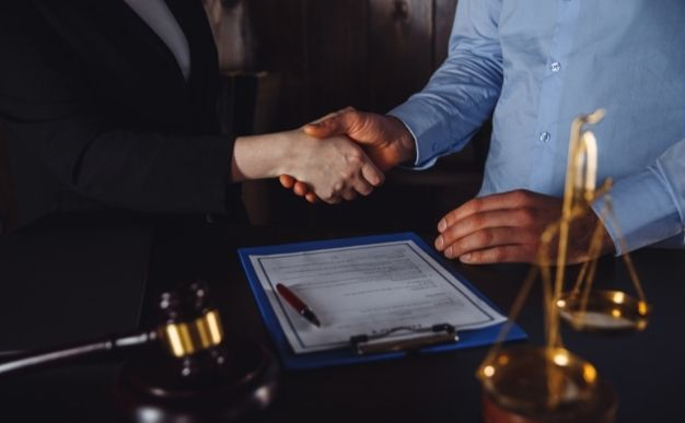 How Do I Find A Good Trust Attorney Near Me?